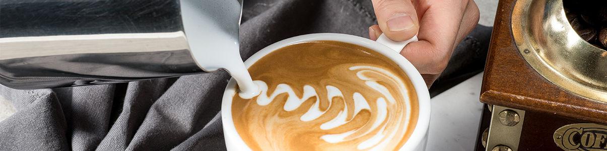고급진 커피 맛을 자랑하는 핸즈업커피